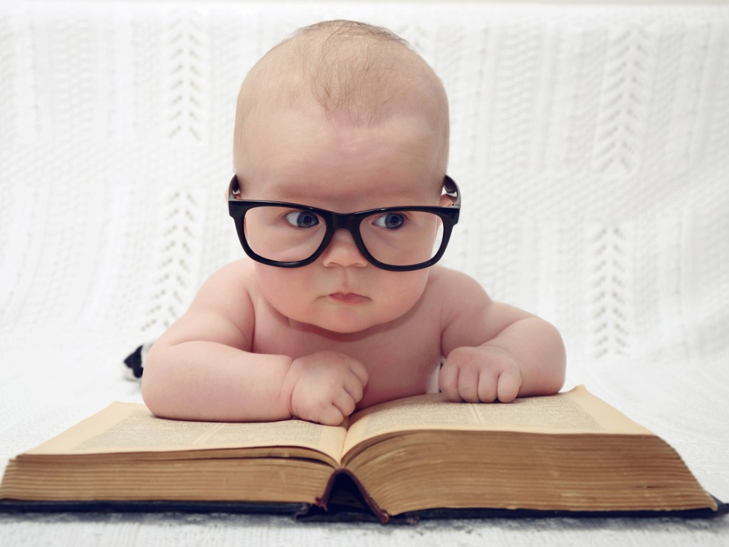 Your Baby's Physical & Intellectual Development: 0-3 Months